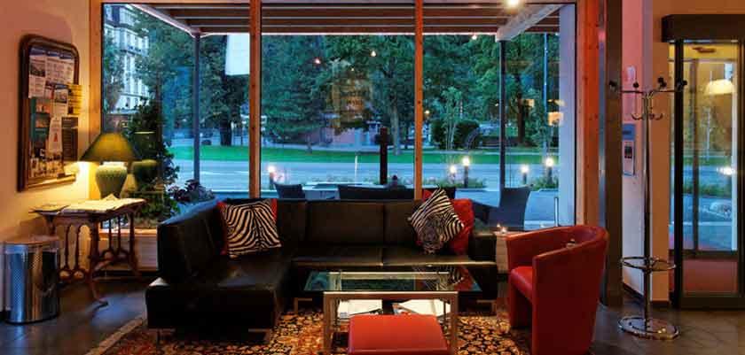 Hotel Carlton-Europe, Interlaken, Bernese Oberland, Switzerland - lounge.jpg